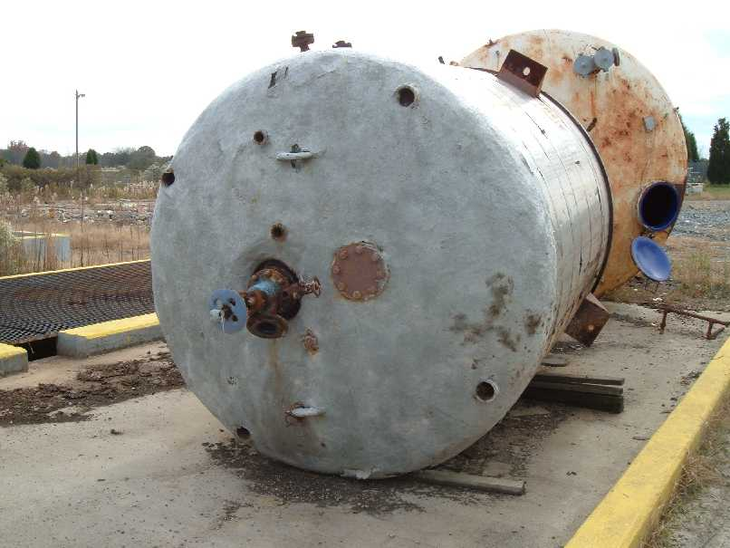 2000 Gallon Glass Lined Reactor With fixed speed, 3 blade, 44