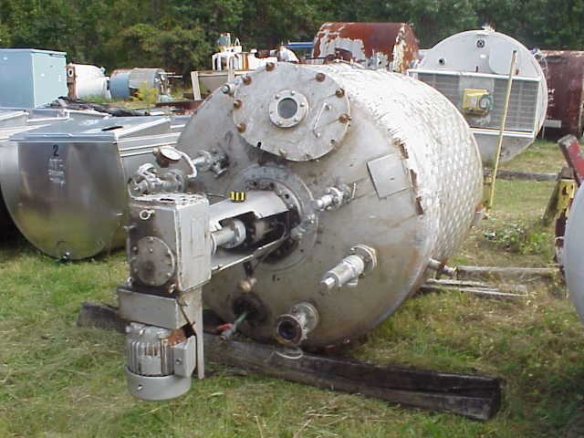 750 Gallon 316 Stainless Steel Reactor, built by AlloyFab. Rated 50 PSI Internal and 150 PSI jacket. Has dimple jacket on straight side only. Jacket on bottom head is not functional.  With Chemineer model 1HTN-3, 3 HP, 230/460 volt, 1745 rpm motor, top mounted mixer.