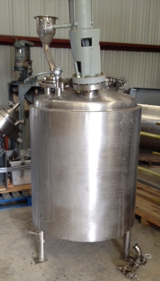 used 150 Gallon Reactor built by LEE. 316L Stainless steel Rated 30/FV @ 338 Deg.F. internal. 304 Stainless Steel Jacket rated 100 PSI @ 338 Deg.F. 3' dia. x 3' T/T. Sanitary Construction. Has Lightnin Explosion Proof Agitator model XJSS-30, with .3 HP, 1725 RPM, 200-240/400 volt XP drive. . Approx. 7'5