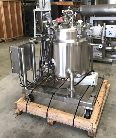 ***SOLD***40 Gallon (151L) DCI 316L Stainless Steel Pharmaceutical, sanitary reactor. Rated 30/FV @ 400 Deg.F. Internal. Jacket rated 140 PSI @ 361 Deg.F. Has bottom mounted 1/2 HP, 208-230/460 volt, 3450 RPM mixer (UL rated explosion proof). Unit has hinged, lift-off lid and light. Unit mounted on casters.