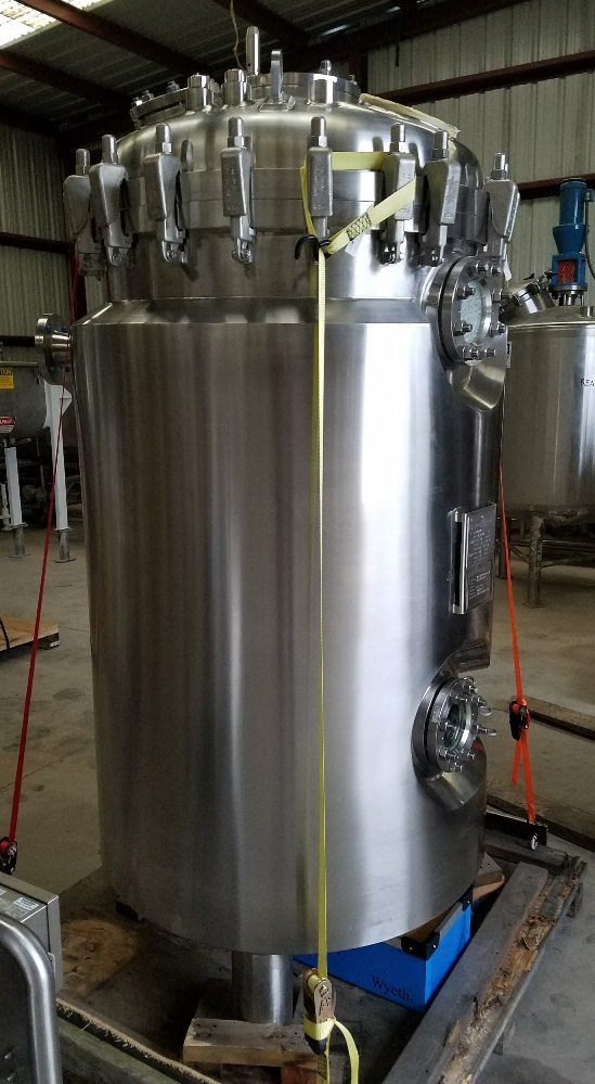 ***SOLD*** UNUSED 1000 Liter (264 Gal.) Pharmaceutical Reactor/Fermenter. Built by Allegheny Bradford. Shell is 316L Stainless Steel rated 58/Vacuum PSI @ 302 Deg.F.  304L Stainless Steel jacket rated 87 PSI @ 302 Deg.F.. Clamp on top with swing bolts. Has port for bottom mounted mixer (mixer not included).  Also has a top center pad flange which could be used for top entering mixer. (Sanitary Bioreactor)