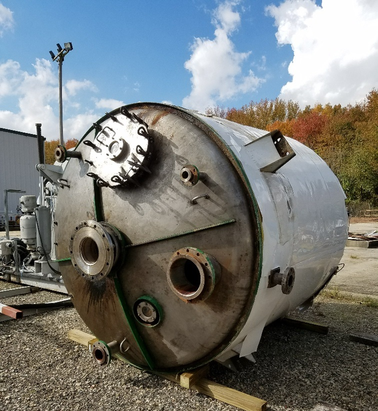 used 2,500 Gallon 316 Stainless Steel Reactor. Internal rated 75 PSI @ 600 Deg.F.  Jacket rated 150 PSI @ 600 Deg.F. 7'6