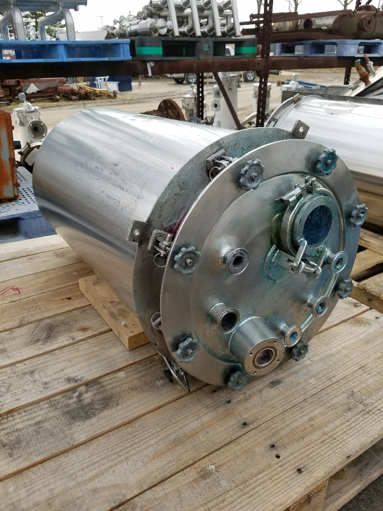 ***SOLD*** Qty (1): used 20 gallon Stainless Steel reactor.  Internal rated 55/full vacuum @ 302/40 degF.  Jacket rated 75 PSI.  1.5