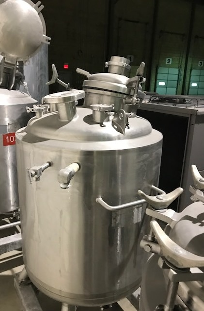 used 80 Gallon (300L) Sanitary Construction Stainless steel Precision Stainless reactor. Rated 50 PSI/Vacuum @ 302 Deg.F Internal. Jacket rated 100 PSI @ 302 Deg.F.. Has Lightnin 3/4 HP, 115/230 volt model V6S55 mixer. S/N 8134-1