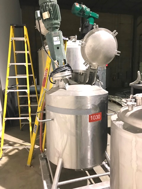 used 100 Gallon (380L) Stainless Steel Cherry Burrell Reactor. Rated 60 PSI/Vacuum @ 300 Deg.F Internal. Jacket rated 115 PSI @ 300 Deg.F.. Has Lightnin 1.5 HP, 230/460volt mixer. Sanitary construction. S/N 84E-239-1