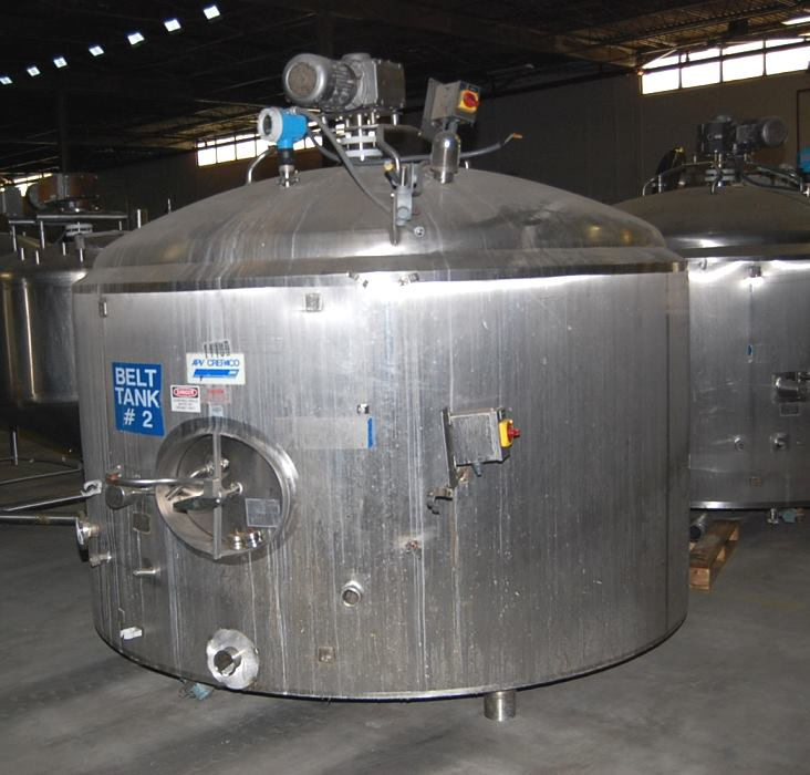 ***SOLD*** Used 2000 gallon APV Crepaco stainless steel sanitary jacketed process mix Tank/Kettle. Jacket rated 94 PSI @ 200 Deg.F. 96