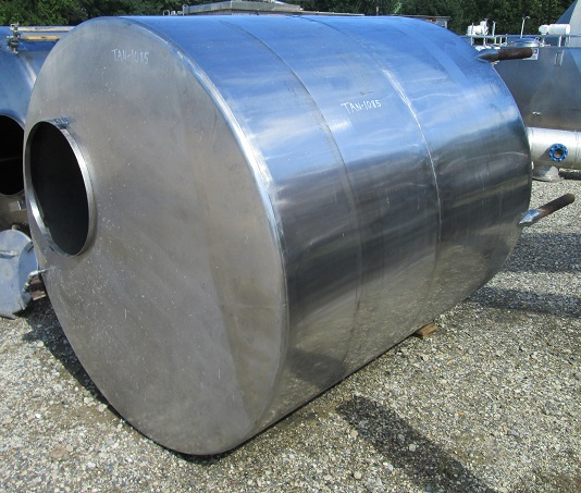 used 1100 Gallon Stainless Steel tank. Cone Bottom, Flat top with manway. 5'9