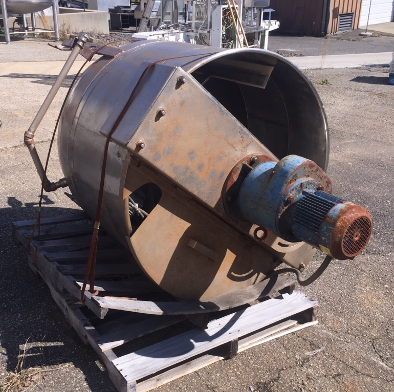 used 150 gallon Jacketed Mixing Kettle. Has sweep mixer with scraper blades.  Jacket on bottom head rated 40 PSI. Built by The John Lentz Co.