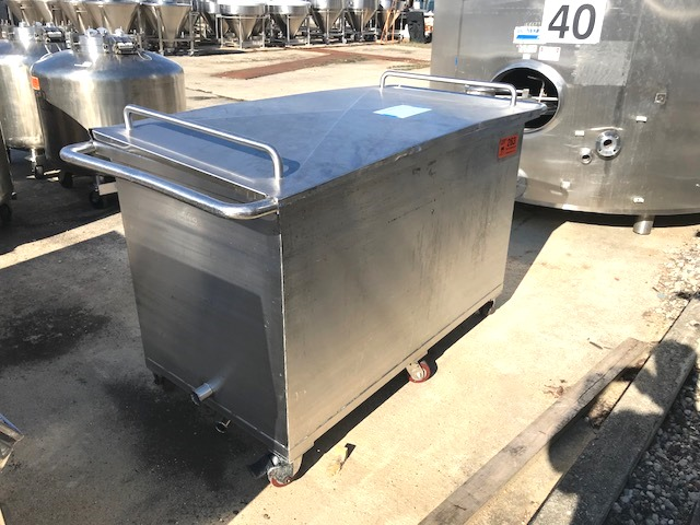 used 280 Gallon Fluid Line Rectangular sanitary storage tank/tote. 60