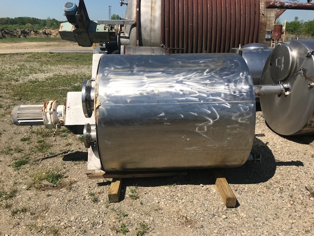used 300 Gallon LEE Double Motion Jacketed Mix Kettle. Model 300U5S.  Jacket rated 100 PSI @ 338 Deg.F. Unit has counter rotating agitation with scraper blade provisions (needs scraper blades) NB # 5967.  Unit is approx 4' OD x 9' OAH.  Last used in sanitary Coffee and Tea plant.