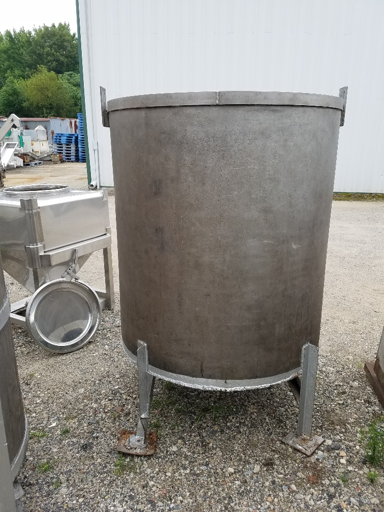 Used 280 gallon stainless steel storage tank.   42