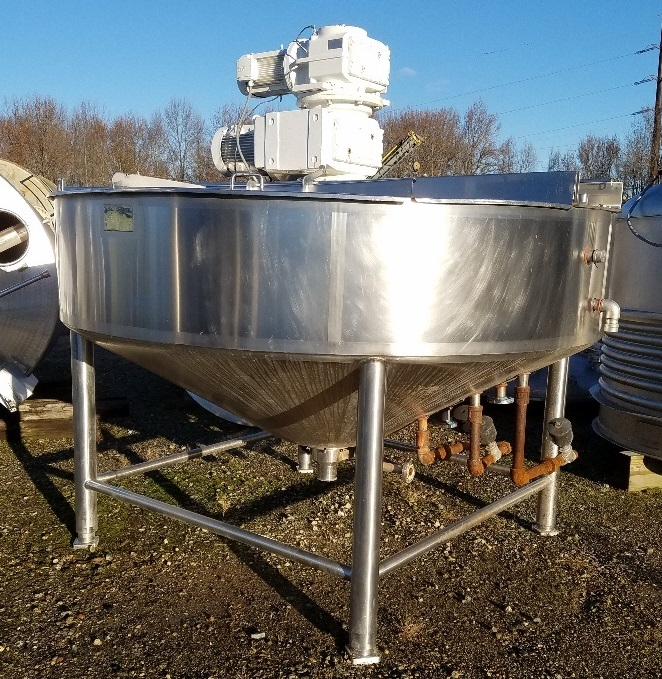 used 800 Gallon LEE Cooker Kettle with double motion scraping agitation.  Model 800U9MS.  Jacket rated 100 PSI @ 338 Deg.F (-20). 108