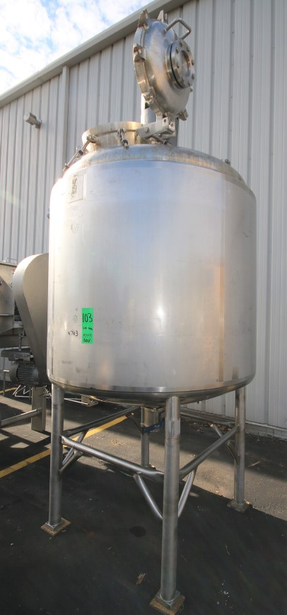 ***SOLD*** used 600 Gallon Sanitary Jacketed Mix Tank, Vacuum Rated. Built by Precision Stainless. Internal rated 50 PSI/Vacuum @ 400 Deg.F. Jacket rated 100 PSI @ 400 Deg.F.. S/N 6091-14, NB# 4457. Lightnin Vertical Agitator, Pressurized Top Mounted Access Door, wit 4