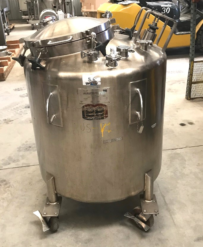 (3) Used 132 Gallon (500 Liter) LEE portable Totes/Vacuum Vessels with Mixing Shafts. 34