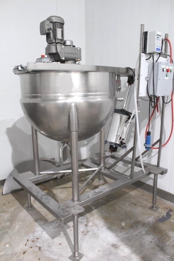 ***SOLD*** used 80 Gallon LEE Stainless Steel Jacketed with Scrape Surface agitation Kettle, Single Motion Agitator with Scraper Blades, Lift out mixer with actuator assist. Control panel with VFD. Jacket rated 90 PSI @ 332 Deg.F. Model 80D9MT, S/N C1406A, NB # 6229. Sanitary from food plant.  Overall dims: 42