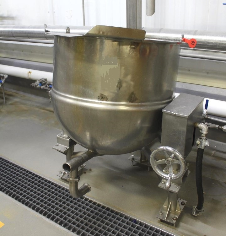 60 Gallon GROEN Stainless Steel Steam Jacketed Tilting Kettle, Model DN-60, Jacketed rated 100 PSI @ 338 Deg.F. Has bottom outlet and tilt spout. S/N 03090-7. NB#139378. Last used in sanitary food plant.