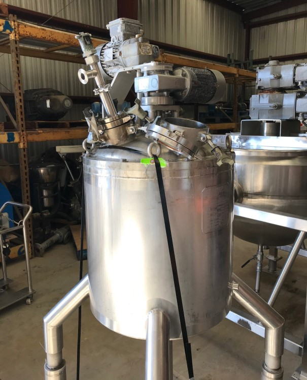 used 20 Gallon Jacketed Double Motion Mix Kettle/Vessel with sweep mixer with scraper blades and Shaft with (2) mix props.  Walker model PZ-K-VP. Jacket rated 100 PSI @ 360 Deg.F.. Vessel rated 15 PSI /-15 PSI Vacuum.  NB# 3317. Video of unit running available. Last used in sanitary application.