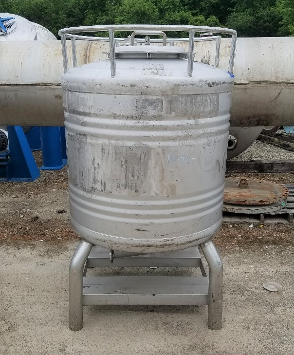 used 800 Liter (~200 gallon) Stainless Steel Sanitary tank/Tote. Built by Eurostar. 40