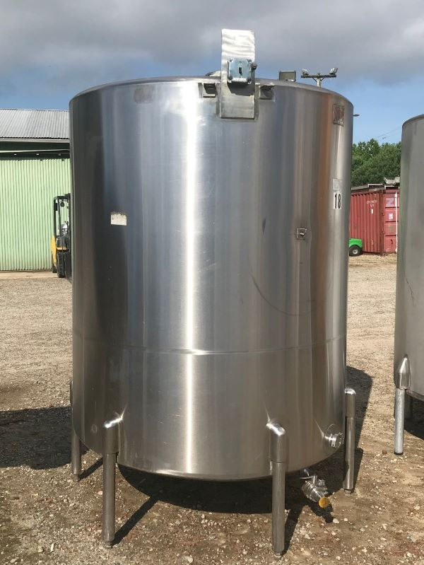 used 850 Gallon Stainless Steel Tank.  5' Dia. x 6' T/T. Built by SaniTank. Slope bottom with 2