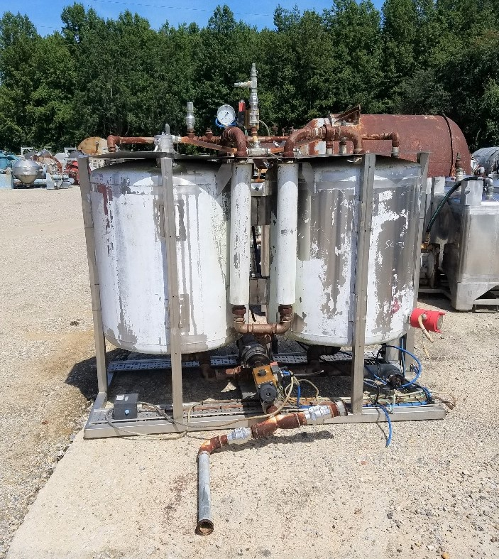 used approx 130 Gallon, Stainless Steel Dish Bottom Dual Tank System (Each tank is approx 130 gallon, 260 gal total). With pump mounted on bottom of frame.  Each is 34