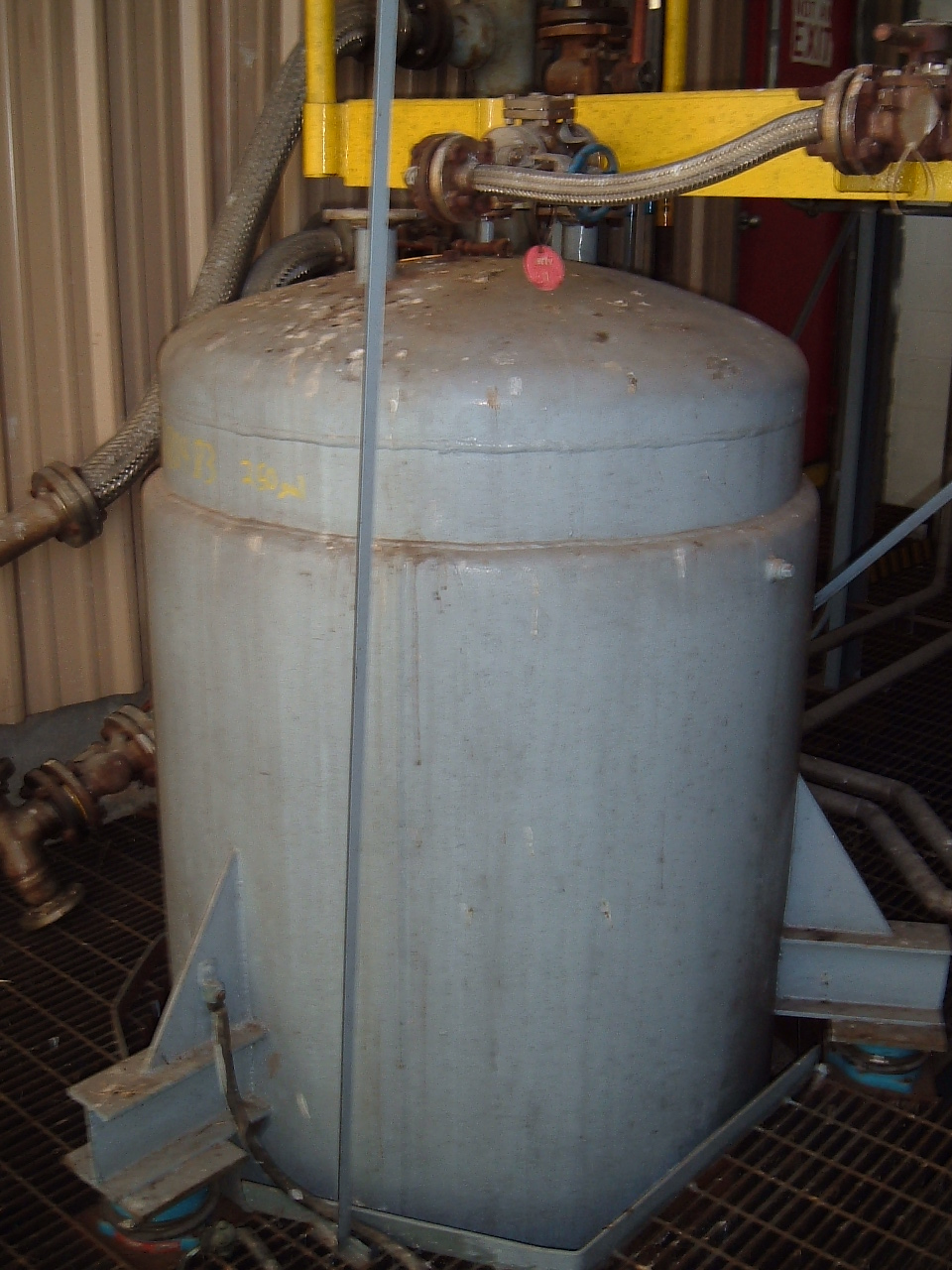 250 Gallon Stainless Steel Tank. SS shell/ CS Jacket. Quoted AIWI