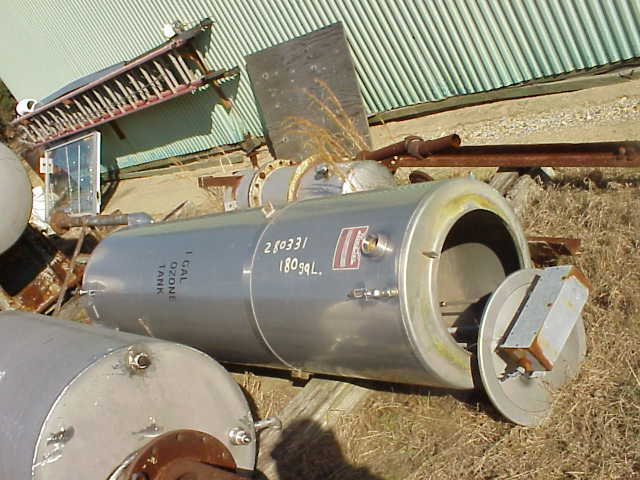 180 Gallon Stainless Steel Sanitary Tank.  Has 3