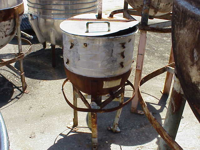 15 Gallon Stainless Steel jacketed Kettle/tank. CS jacketed rated 40 PSI @ 290 degF.  Has hinged lid.  1.5