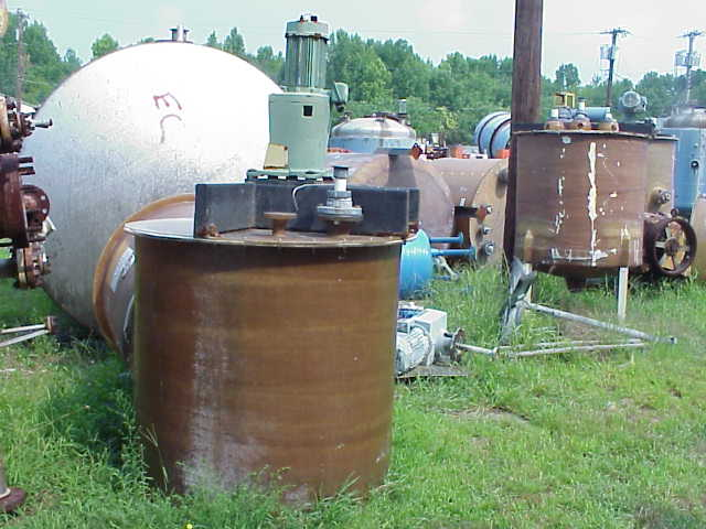 Qty. (3) Each:  350 Gallon Fiberglass Mix Tank.  (2) units with Lightnin Mixer, 3.5 HP, mdl# XJQ-174, s/n R0032100202, 1725/1450 RPM, 220/440 V.  Mixer housing is cracked