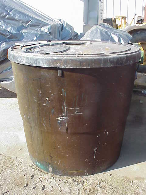 360 Gallon Poly Storage tank/Tote. 2