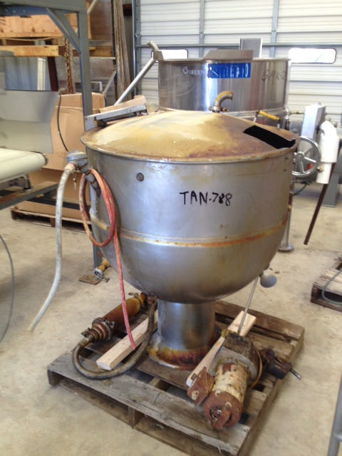 100 Gallon GROEN model PT-100 Jacketed Kettle, with dome type hindged lid. Jacket rated 25 PSI @ 300 F.