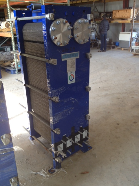 ***SOLD*** ~800 sqft MUELLER model AT40-B20 stainless steel plate heat exchanger. 4