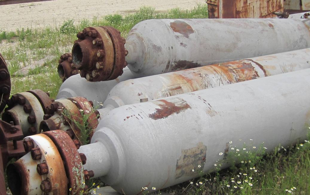 Qty. (6) Each: 400 Gallon Carbon Steel.  High Pressure Vessel. Each end has a 8