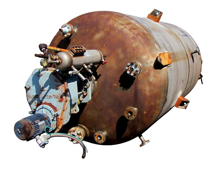 2300 gallon, 316L Stainless Steel pressure vessel. High pressure, rated 300 PSI @ 400 Deg.F. with mixer/agitator.  Agitator is a Philadelphia Mixer, explosion proof (XP), 2 HP, 1800 RPMi, 68 RPMo, 25.6:1 ratio, 208-230/460 V. Unit is 6' Dia. x 9'6