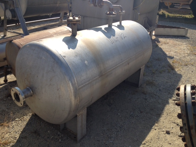 ***SOLD*** used 340 Gallon Stainless Steel vacuum pressure vessel.  Rated 75/Full Vacuum @ 350 Deg.F. 3' dia. x 6' T/T. Horizontal. Built by Alloy Fab.