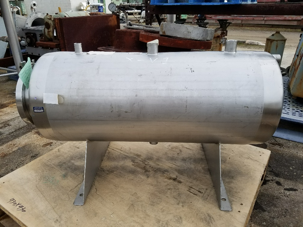 used 15 gallon Stainless Steel pressure vessel. (horizontal)  Rated 75 PSI @ 100/35 degF.  12