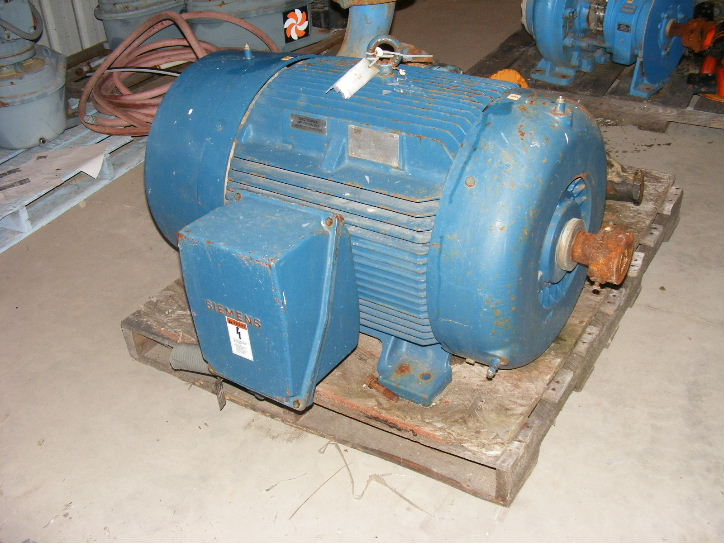 (2) Each, used, 125 HP Siemens Electric Motor 3575 RPM 444TS Frame 460v . SOLD EACH