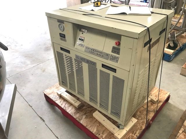 (2) Each used TEK-TEMP 15,000 BTU Air cooled Chillers. 1A is model 200/15K/C150/BP2.  1B is model 200/15K/C150/DSS/FM.  R404 Refrigerant 64 Oz). 208/230 volt. 3ph, 14 AMP, 60 Hz.