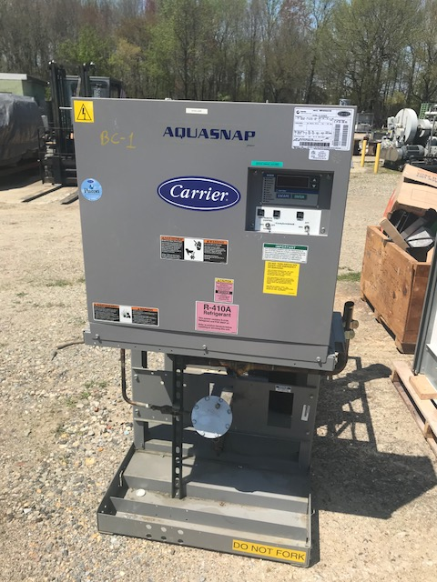 Used 20 Ton Carrier Aquasnap model 30MPA0205OAO1005 Chiller with Remote Condenser. 30MP Indoor Water-Cooled/Condenserless Liquid Chiller Refrigerant (R-410A). Unit comes with Carrier model 09DPS02065A0300 Condenser. The 09DP Series air-cooled remote condensers are dependable split systems match Carrier's 30MPA (R-410A)air-cooled condenserless chillers with the versatile out-