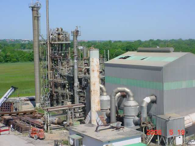 **SOLD**UREA PLANT FOR SALE. Rated 700 TPD.  Originally designed to produce 600 short tons per day of Urea in the form of Granules.  Constructed by C&I Girdler in 1973/74. The synthesis and recovery sections utilize the Snam-progetti Process Design.  The finishing section employs the C&I Gridler-Cominco Spherodizer Granulation Process. Total Recycle Design.