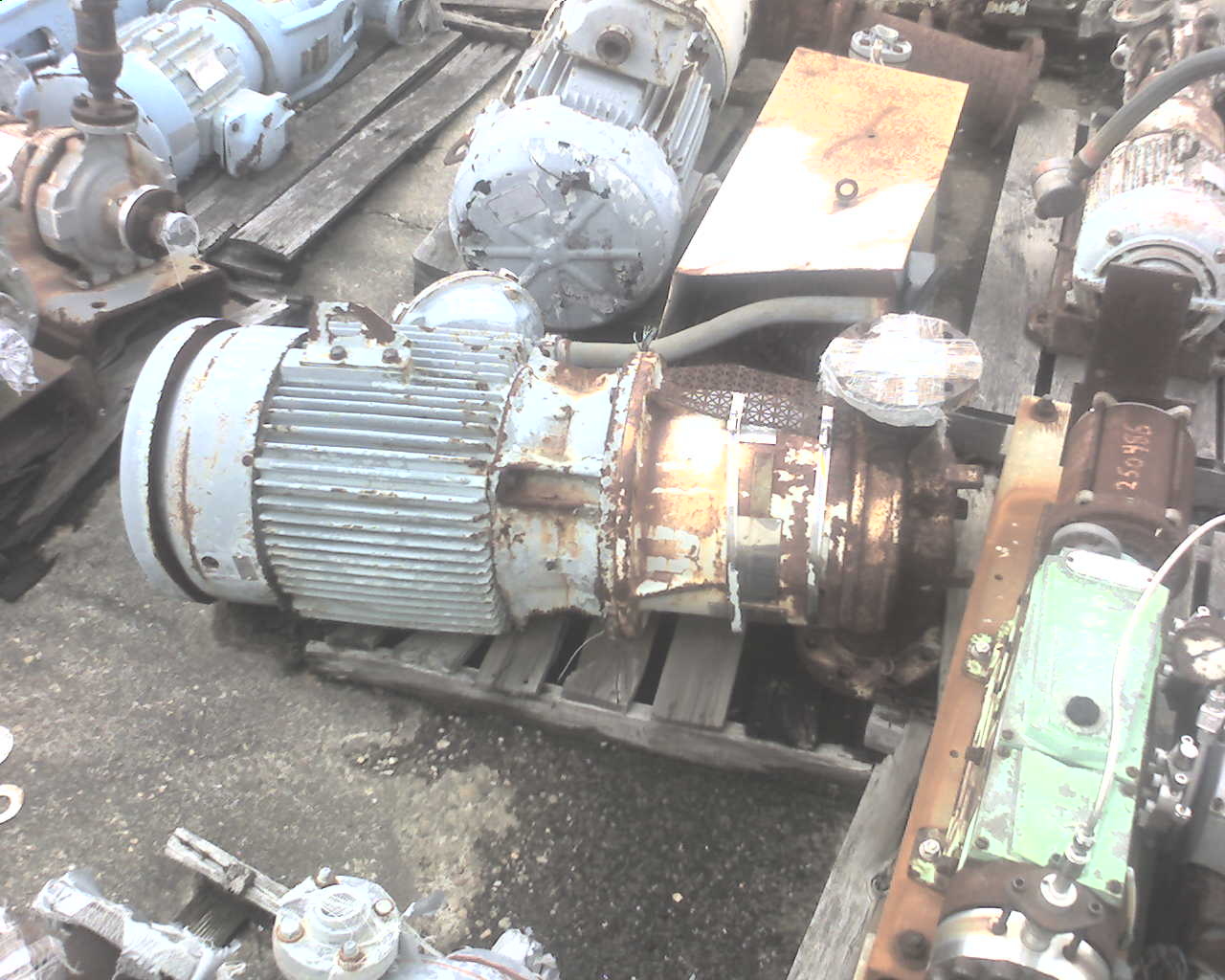 Union model VCM pump Wax mix service.  Driven by 40 hp, 3/60/460V, TEFC motor.