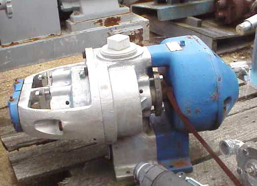 Tuthill Model 3A pump. Rotary lobe pump.