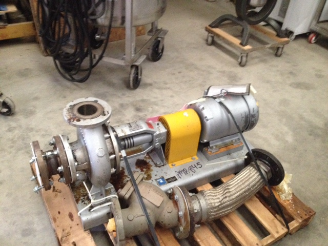 ***SOLD***Used Sterling/Sihi Hot Oil/Thermal Fluid Pump. Model ZTND080200. 3x4. Rated approx. 400 GPM @ 65' Hd. Driven by a 7.5 HP, 208-230/460 volt, 1760 rpm motor. Used to pump heat transfer fluid.