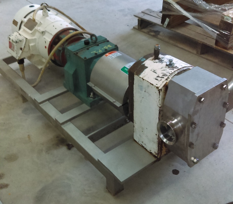 APV Rotary lobe pump (no nameplate but appears to be model R6BS). 3
