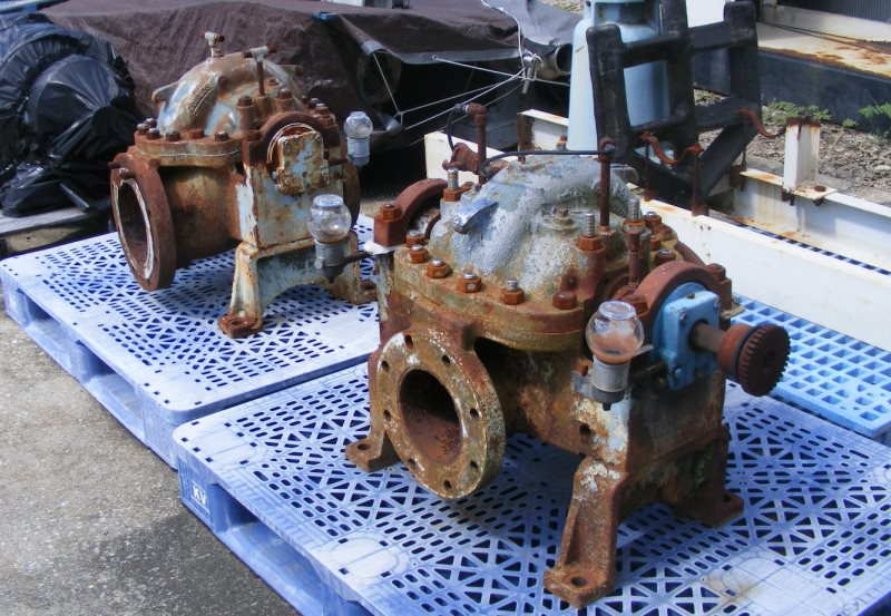 (2) used Goulds Model 3405 Split Case Pumps. Size 6 x 8.86. Material: AI