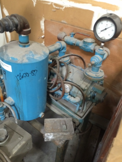 Used Kinney vacuum pump.  Model KLRC75KFA2.  3 hp.  3 phase 60 cycle 208-230 460 volt motor.