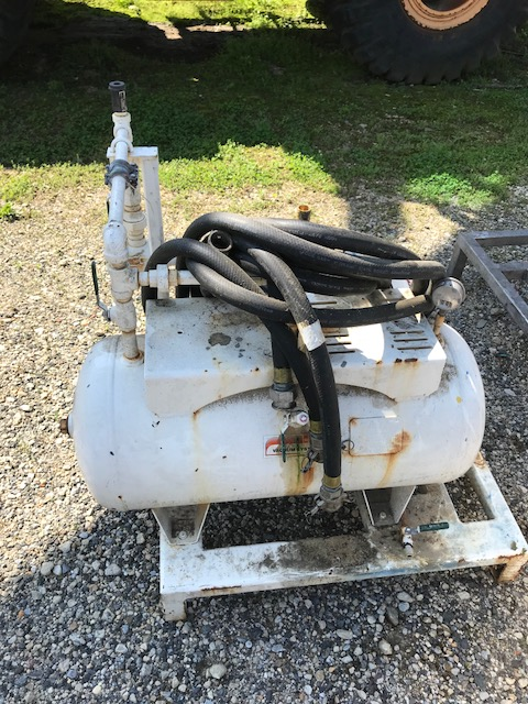 used Skid mounted Busch Vacuum pump system. Includes Busch model RC0025E vacuum pump rated 20 CFM with 15 Torr Vacuum, has 1.5 HP, 230/460/3/60, 1800 rpm motor and 30 Gallon condensate tank.