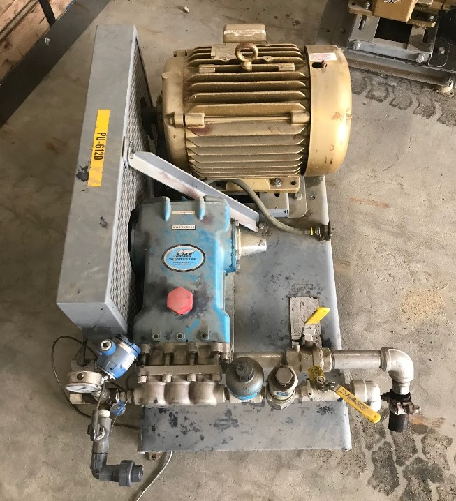 ***SOLD*** 2-used Cat Pumps model 2531 high pressure triplex positive displacement, reciprocating plunger pump. 316 Stainless Steel. Rated 11.5 GPM @ 1000 PSI. Driven by 15HP, 230/460 volt, 1765 rpm motor.