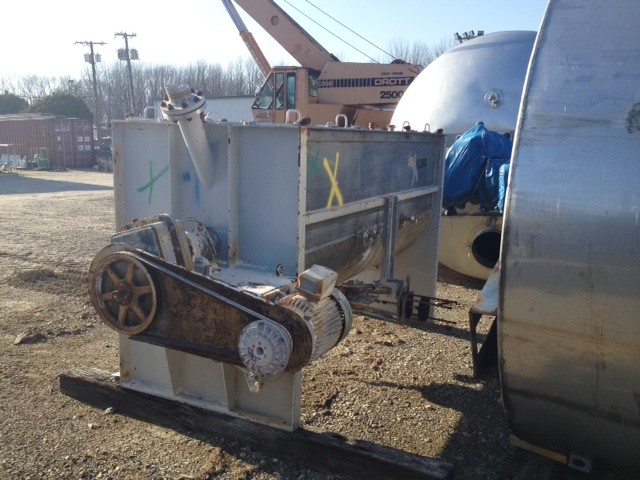 used 100 CU.FT. Munson Jacketed Ribbon Blender. 304 Stainless Steel Construction. Mixing chamber is 42