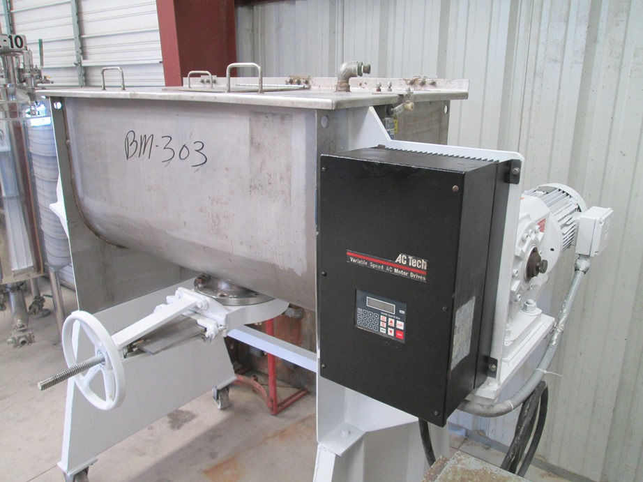 used ROSS 10 Cu.Ft. Stainless Steel ribbon Blender. Model 42A-10. Has 6