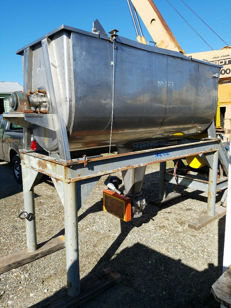 Used approx. 50 CU.FT. stainless steel jacketed ribbon Blender. 96
